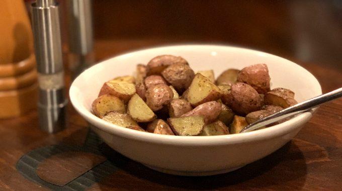 rosemary-garlic-roasted-potatoes-recipe